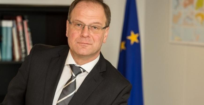 'EIT: social challenge champion' – interview with Commissioner Navracsics