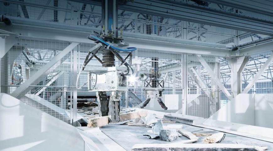 ZRR for Municipal Waste: smart waste sorting robot